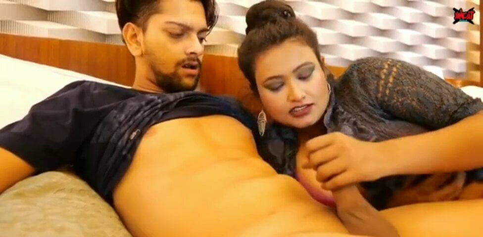 Fuck young india big boobs Indian Hot Aunty Fucking With Young Boy With Big Boobs